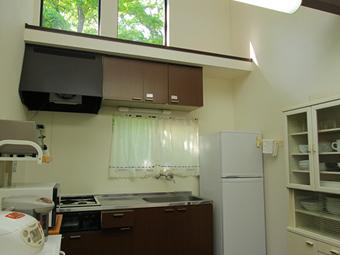写真は、モデレートのキッチン