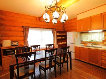 写真は、ログハウスのキッチン