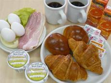 地元産中心の朝食材(写真は、2人前)